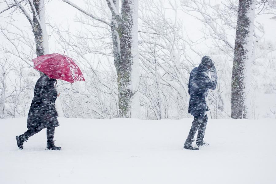 7_Man Woman Snowstorm_Arne Bergo