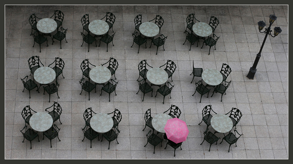 Umbrella among Tables