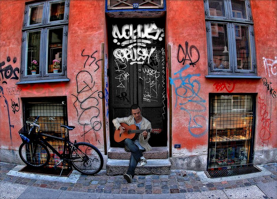 suszkiewicz-Street Musicant