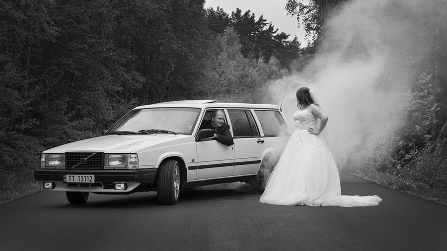 The groom and his Volvo